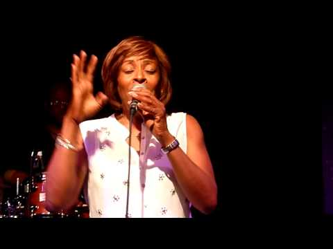 Gwen Dickey Rose Royce   Love Dont  Here Anymore   Jazz Cafe, London   June 2014