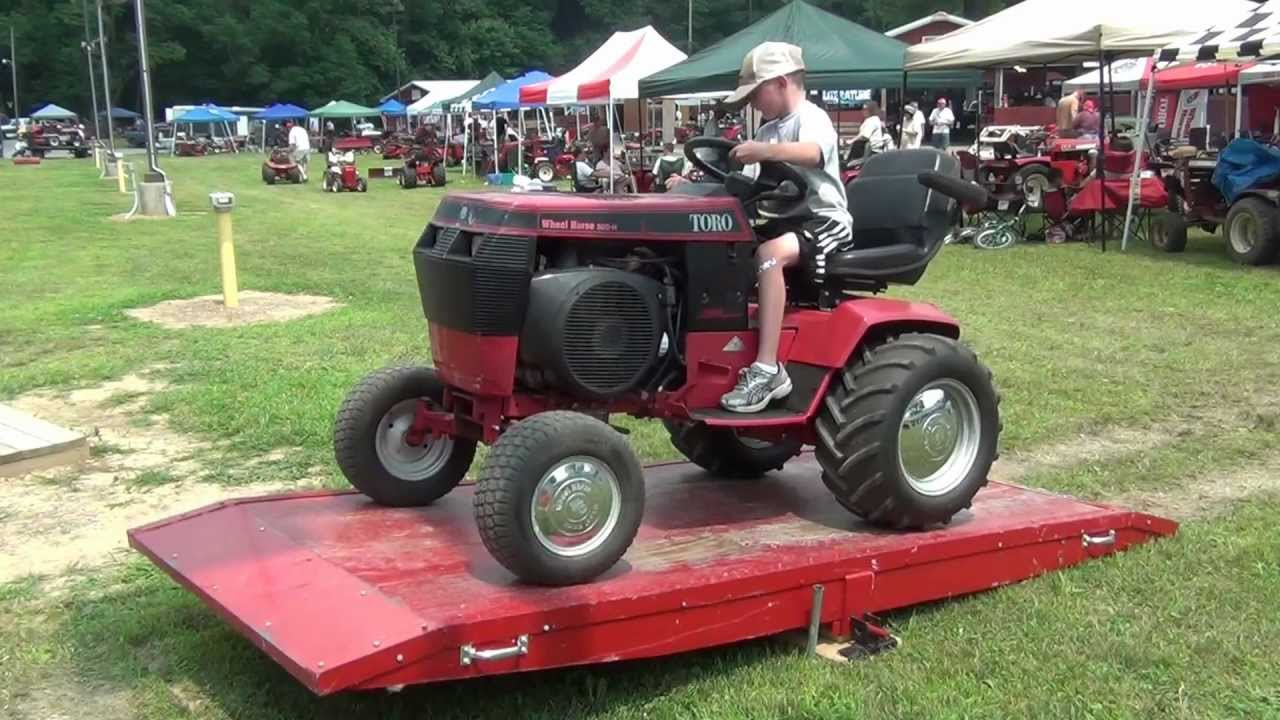 Wheel Horse Show 520 H Teeter Totter Youtube