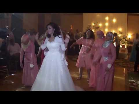 Gugz & Bridesmaid Wedding Flash Mob dance, best bridesmaid dance in egypt