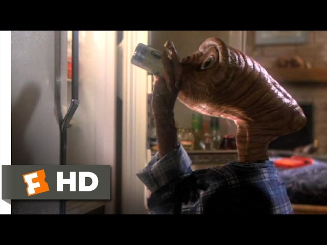 E.T.: The Extra-Terrestrial (2/10) Movie CLIP - Getting Drunk (1982) HD