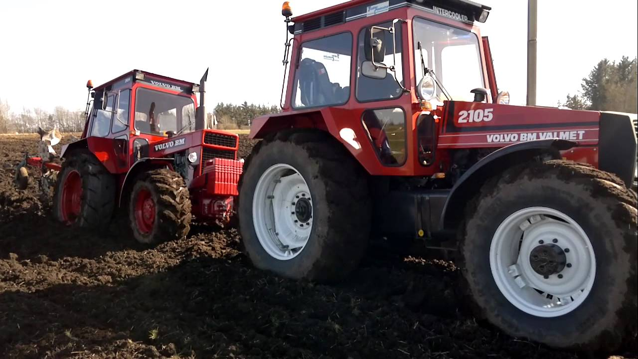 Volvo BM 2654 Stuck, gets help from Valmet 2105, spring 2012 (2) - YouTube