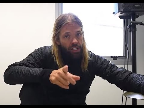 "Foo Fighters' Taylor Hawkins new album ""Get The Money"" new song ""Crossed The Line"" debuts!"