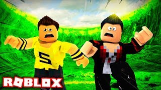 WE HAVE TO FLEE THE RADIOACTIVE SLIME in ROBLOX (Acid Escape)