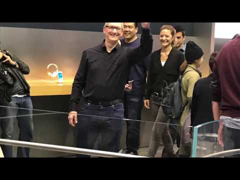 Tim Cook - Visit to Apple Store in Tokyo