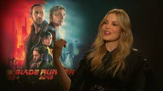 Video Sylvia Hoeks on Harrison Ford cracking jokes on the Blade Runner 2049 set download MP3, 3GP, MP4, WEBM, AVI, FLV Oktober 2017
