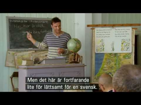Professor Anders teaches Swedish to Americans with Swedish heritage