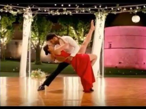 Ranvir Singh and Vaani Kapoor_ Ранвир Сингх и Ваани Капур_ Беззаботные