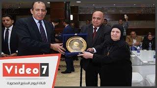 نادى القضاة يكرم أسر شهداء رجال القضاء والجيش والشرطة