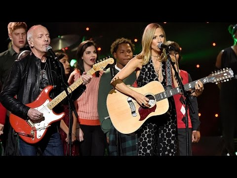 "Sheryl Crow, Peter Frampton, Aloe Blacc - ""Happy Xmas (War is Over)"" - (LIVE, 5 Dec 2015)"