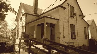 Exploring a 1900's Home Frozen in Time!  (Includes Crazy Light Anomalies and a Sad History)