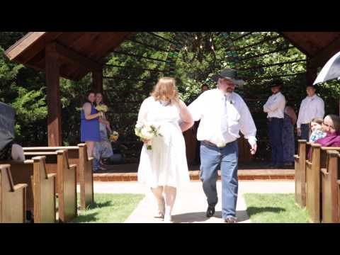 Dallas, TX Wedding at Avalon Legacy Ranch for Eddie and Amy!