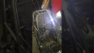 Trico Machining - TIG Welding a Roll Cage