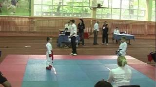 дебют  в карате WKF :-) 5 лет 10 мес.  Харьков 21 мая 2011
