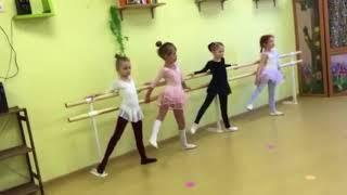 """Открытый урок для родителей по хореографии Детского сада """"Рыбка"""""""