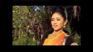 kine de reshmi churi কিনে দে রেশমী চুড়ি (Mithila parvin)