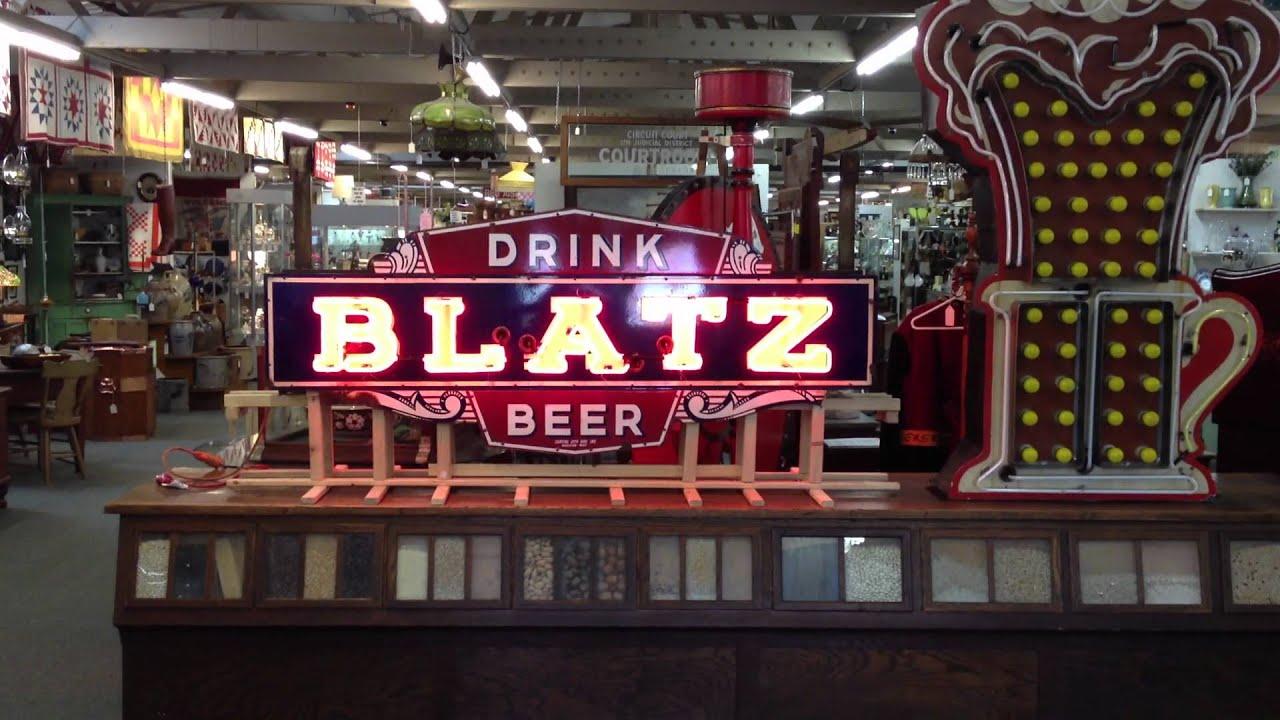Antique OLD Blatz Beer outdoor neon sign at Roscoe Antique