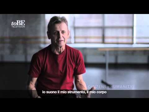 Mikhail Baryshnikov - Charity e video d'autore per Citizens of Humanity