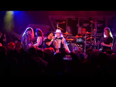 "Steel Panther~ Man in The Box ""Cover"" with guests Jerry Cantrell and Sully Erna"