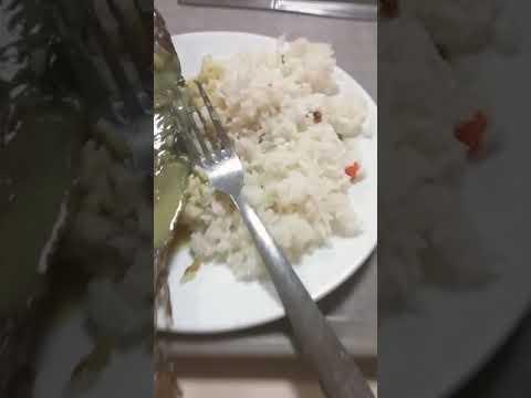La vraie merde au restaurant UOB ( Gabon)