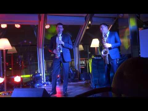 Смотреть клип Джаз лаунж дуэт саксофонов онлайн бесплатно в качестве