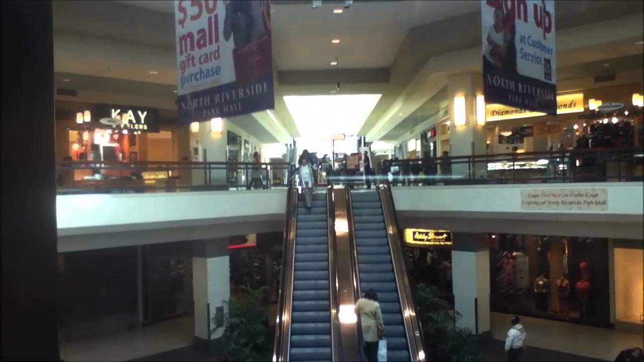 Graeginator Rides The Glass Elevator At North Riverside Park Mall In