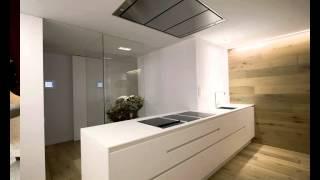 видео Камень в интерьере гостиной и кухни: столешницы и мойки из камня для кухни