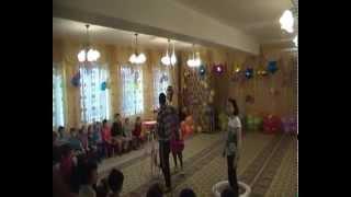 Шоу мыльных пузырей в детском доме наших партнеров,компании Royal Club,Казахстан..