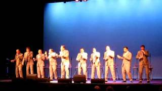 Straight No Chaser - The Lion Sleeps Tonight/Brown Eyed Girl 5/22/10