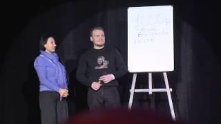 Сергей Сафронов и Фатима Хадуева на сцене в момент фокуса ( Новогодний Телепорт 2014)