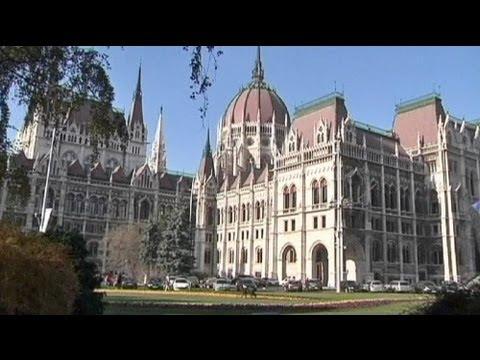 Moody's Macaristan'ın notunu kırdı