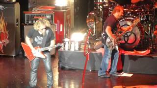 Sammy Hagar and The Circle - Heavy Metal/Mas Tequila