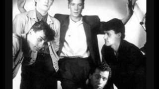Watch Simple Minds Travelling Man video