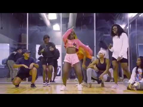Davido BoBo (Dance Steps) A Must Watch Video.