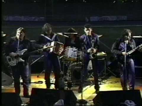 Estrella - Vaquerita - The Johnny Canales Show Live