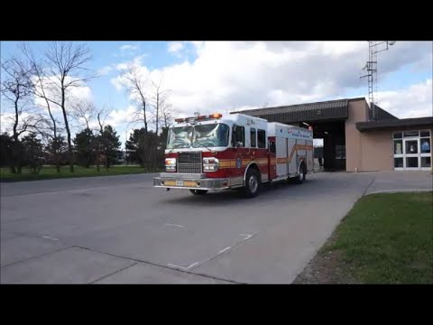 Burlington Fire Department Pumper 341 Responding