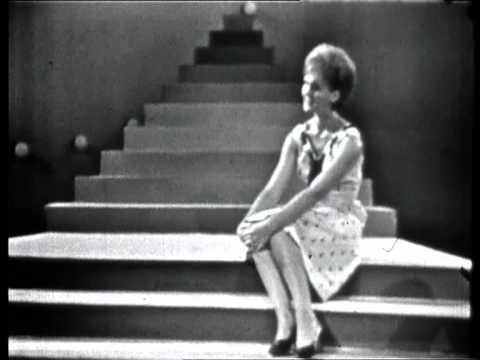 Helena Vondráčková - Červená Řeka