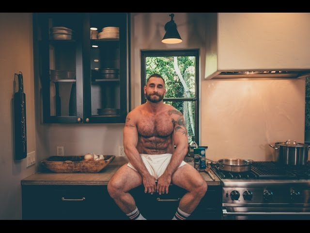 THE BEAR-NAKED CHEF: Episode 3, Season 1 - Pappardelle Pasta with Bacon & Peas HD