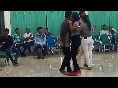 Viral, Lagu Dansa Terbaru 2018, Menggetarkan Jiwa Spesial Dansa Mahasiswa Malaka di Kupang