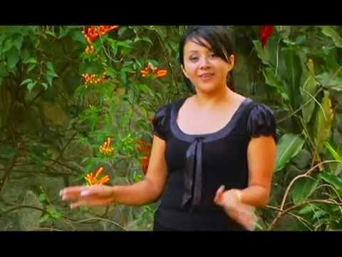 Katty Mazariegos / La Biblia
