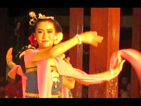 Tari LENGGER KUNES Banyumas Dance - CALUNG Banyumasan Jawa Tengah - Seblaka Sesutane [HD]
