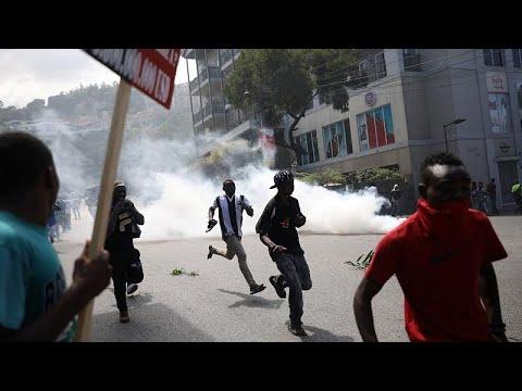 مقتل شخص إثر اشتباكات عنيفة بين الشرطة ومحتجين في هايتي…  - نشر قبل 2 ساعة
