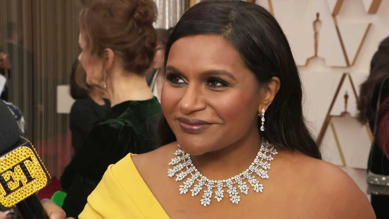Mindy Kaling Really Wants Brad Pitt And Laura Dern To Date Oscars 2020 Youtube