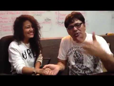 Neha kakkar with sudesh lehri interview best behind the set of comedy night