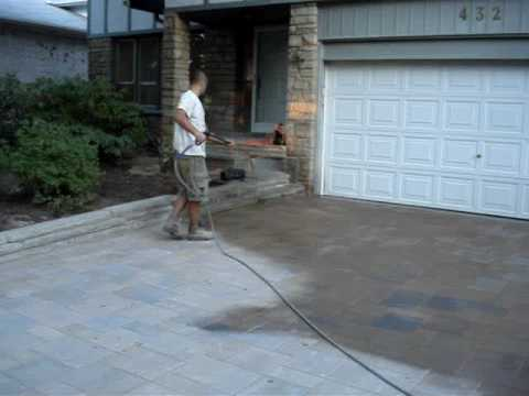 Polymeric Sand Installation For Interlock Stone Driveway