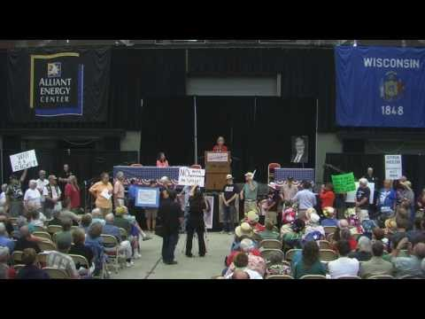 Stand Up if You Are Opposed to This War! Protesting Sen Tammy Baldwin 9.7.13