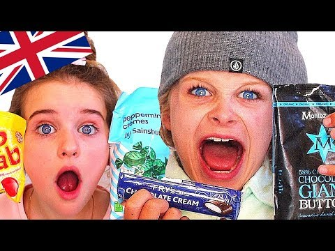 AUSTRALIAN KIDS TRYING BRITISH CANDY Ft. Fizz Sisters (collab)