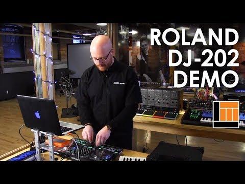 Roland DJ-202 Serato DJ Controller [Product Demonstration]