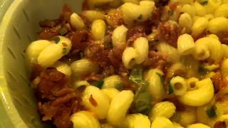 Marie Callenders Smoky Cheddar Mac and Uncured Bacon Frozen Meal Review