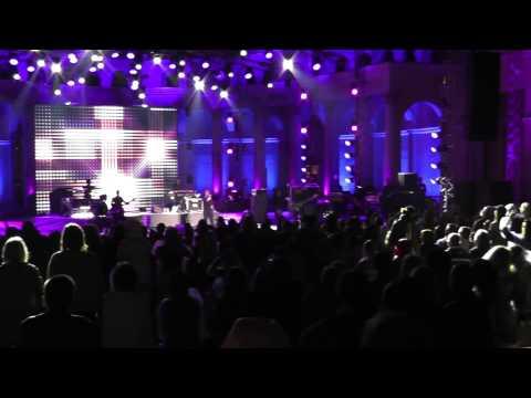 Шинейд О'Коннор - первая песня концерта в Зеленом театре (фестиваль