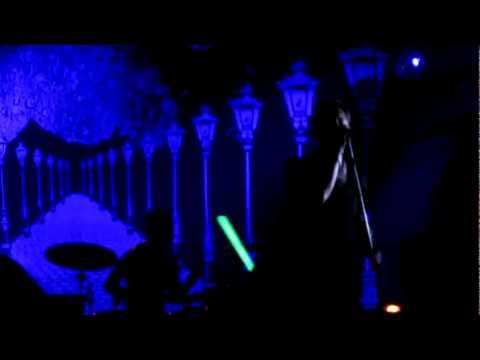 Kaizers Orchestra - Enden av november @Live in Trønderhallen 19.02.2012